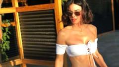 Ahmet Hakan'dan Defne Samyeli'nin bikinili fotoğrafını övenlere tepki!