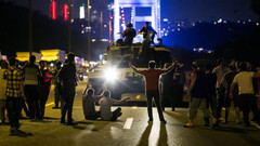 Rus uzman Muhin: Türkiye'de 15 Temmuz darbe girişimi tekrarlanabilir