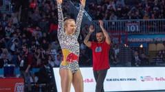 Ayşe Begüm Onbaşı'nın dans şovu All-Star'ı salladı