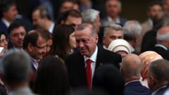 Kulis: AKP'li vekillerden kampta yandaş medya şikayeti: Her yerde FOX Haber izleniyor