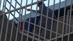 Patron terörü: Parasını isteyen işçiyi tekme tokat dövdüler