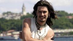 2007'de hayatını kaybeden Barış Akarsu'nun hayatı film oluyor