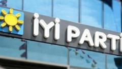 MHP'den İYİ Parti'ye geçen Burhanettin Kocamaz aday olamadı