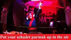 Akit yazarı Dilipak: Sıra helal discoya geldi, Fonda telaal bedrü...