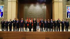Erdoğan'dan kabine değişikliği iddialarına yanıt: Birileri istedi diye yaparsak istikrar kalmaz