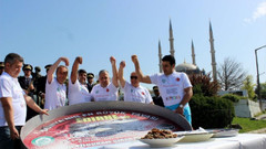 Edirneli ciğerciler Nusret'i bekliyor: Festivalimizi tuzlarsa seviniriz