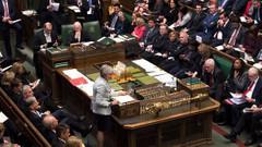İngiliz hükümetinde kritik istifa