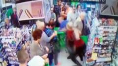 Gözü dönmüş cani markette çocuğun boynunu kırmaya çalıştı