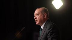 Eski AKP'li vekilden Erdoğan'ı kızdıracak saltanat yorumu