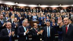 AKP'de seçim yenilgisinin faturası kime kesilecek, hangi adımlar atılacak?