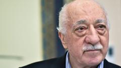 Alçak FETÖ ile mücadelede şok öneri: Gülen'i tövbeye zorlayalım