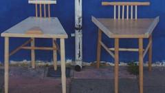 Feminist tasarımcı erkeklerin yayılarak oturmasını engelleyen sandalye tasarımıyla ödül aldı