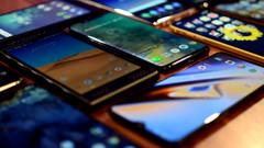 Yurt dışından getirilen telefon harçları bin 500 liraya yükseltildi