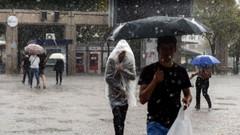 İstanbul'u çok hücreli fırtına vurdu