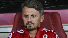Beşiktaş Yardımcı Antrenörü Orhan Ak istifa etti