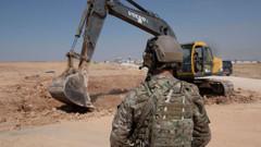 CENTCOM: DSG, Esper-Akar görüşmesinden sonra siperlerini yıktı