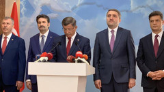 AKP'den Davutoğlu ve ekibinin istifasına ilk tepki: Fıkra bu kadar