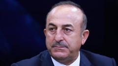 Çavuşoğlu'ndan Rum kesimine sert sözler: Nikos sınırı aşmasın
