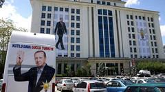 Davutoğlucu bir eski vekil daha AKP'den istifa etti