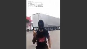 Sarhoş Rus öyle bir şey yaptı ki!
