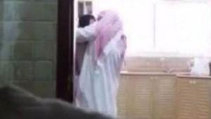 Kocasını bakıcıyla yakaladı, suçlu oldu