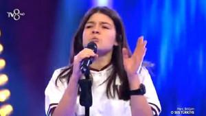 16 yaşında sesiyle herkesi büyüledi!