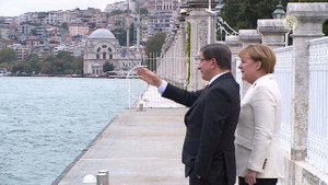 Davutoğlu Merkel ile görüştü!