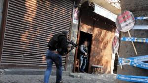 İşte Diyarbakır'daki çatışma anından kareler!