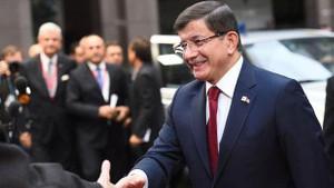 Davutoğlu: AB süreci için tarihi bir gün