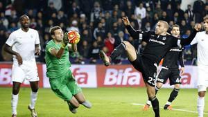 Beşiktaş sahasında oynadığı 7 maçta 8 puan kaybetti