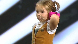 7 yaşında ki kızdan inanılmaz gösteri