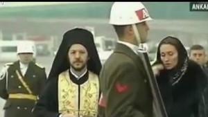 Nihat Doğan'ın papaz kıyafeti sosyal medyayı salladı