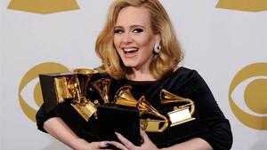 59. Grammy Ödülleri için yarışacak adaylar açıklandı