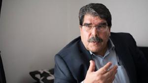 PYD lideri Müslim: Fırat'ın batısına geçmeyeceğiz