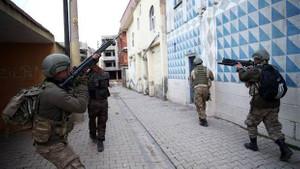 Yüksekova'da hain saldırı: 1 polis şehit