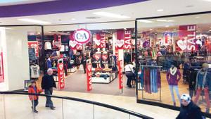 C&A Türkiye'den çıkıyor, mağazaları DeFacto oluyor