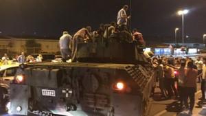 16 Temmuz Reyting sonuçları: Darbeciler yenildi, Türkiye habere kilitlendi!