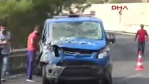 Antalya'da askeri araca saldırı!
