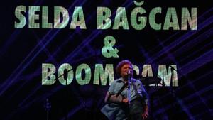 Selda Bağcan, Tel Avivli müzik topluluğu Boom Pam ile birlikte turneye çıkıyor