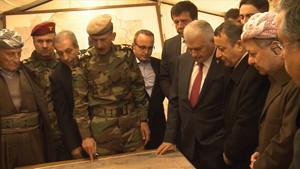 Başbakan Yıldırım Erbil'deki Peşmerge cephesini ziyaret etti