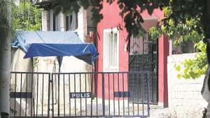 Ne var bu esrarengiz kırmızı evde? İçeriden ilk görüntüler