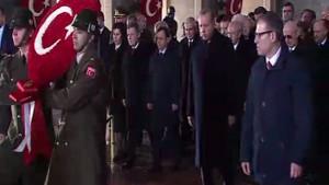 Cumhurbaşkanı Erdoğan Anıtkabir'de, Atatürk'ün huzurunda