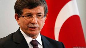 Eskiden hoca olduğu üniversite Davutoğlu'nun konferansını iptal etti