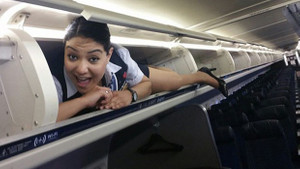 Hosteslerin uçak içinden şaşırtan fotoğrafları