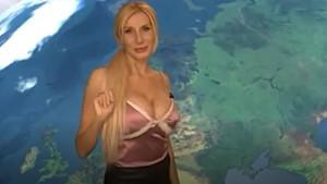 Seksi Rus spiker yürek hoplattı