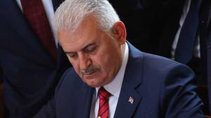 Başbakan Yıldırım: Türkiye asla diz çökmez