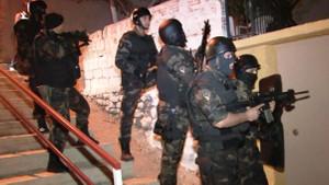 PKK'nın hücre evinden 14 kaçak FETÖ'cü çıktı