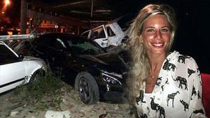 4 otomobile çarpan Buse ölümden döndü