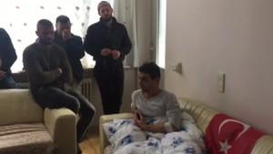Hollanda'da polis köpeğinin yaraladığı Türk konuştu