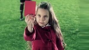 AKP'nin kırmızı çocuklu referandum reklamı